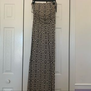 Forever 21 Maxi Dress Size Medium